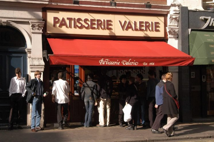Secret £10million overdraft unearthed at troubled cafe chain Patisserie Valerie