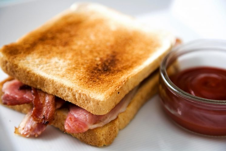 Eating bacon and sausages 'increases a woman's risk of breast cancer', experts warn – The Sun
