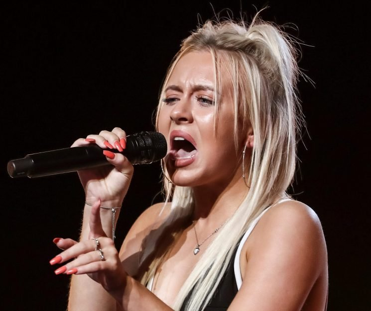 Who is Molly Scott? X Factor 2018 contestant from County Durham through to Judge's Houses