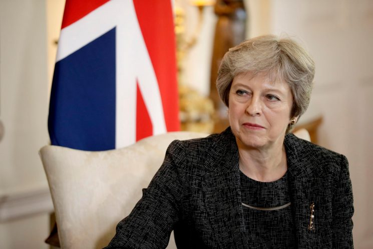 Theresa May says there will be no Brexit deal at next week's summit unless EU leaders concede 'major ground'