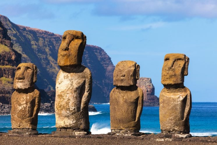Easter Island experts say they may have worked out what ancient stone head statues were used for