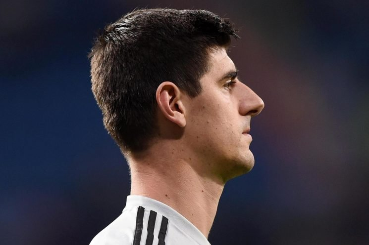 Ex-Chelsea star Thibaut Courtois 'dreading Antonio Conte joining Real Madrid after leaving London to get away from him'