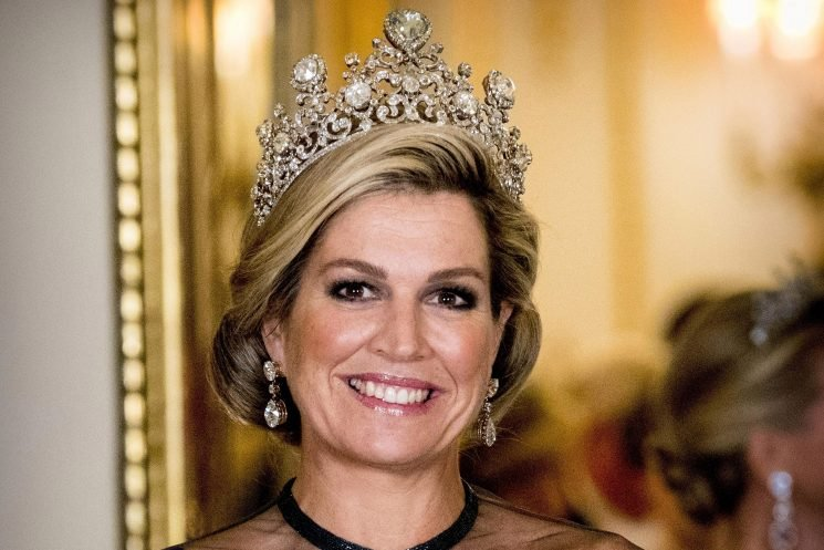 Who is Queen Maxima of the Netherlands, when was her wedding and who are her sisters?