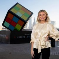 Georgia Toffolo managed to complete a giant Rubik's Cube in just EIGHT moves today thanks to the help of ground-breaking AI technology