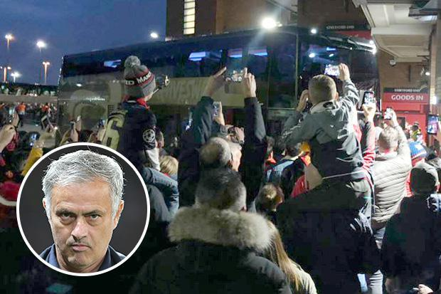 Jose Mourinho reveals reason why Manchester United were late arriving on coach for crunch Valencia clash