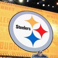 Pittsburgh Steelers Share Image Of Altered Logo To Show Support For City's Jewish Community