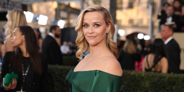 Reese Witherspoon's Trainer Just Shared This 20-Minute Bodyweight Workout