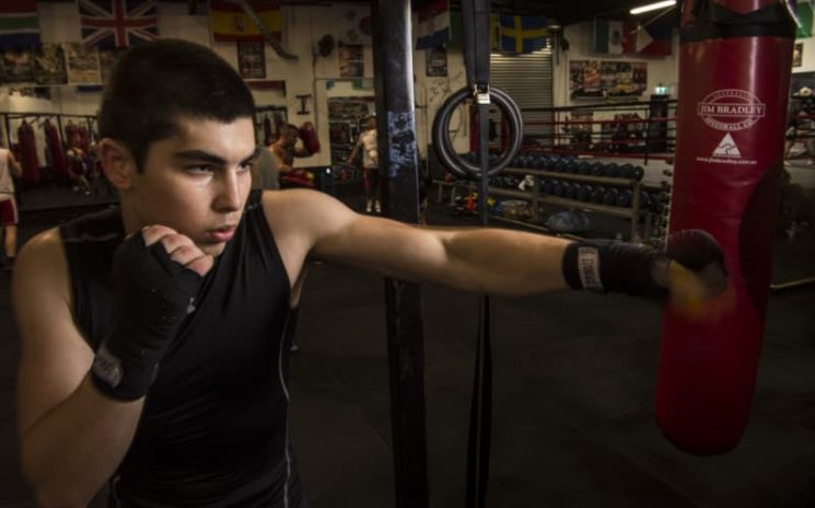 Meet the 'Hammer from Grammar': Schoolboy boxer who scares the pros