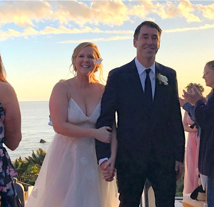 Then Comes the Baby in a Baby Carriage!Amy Schumer and Chris Fischer Expecting First Child