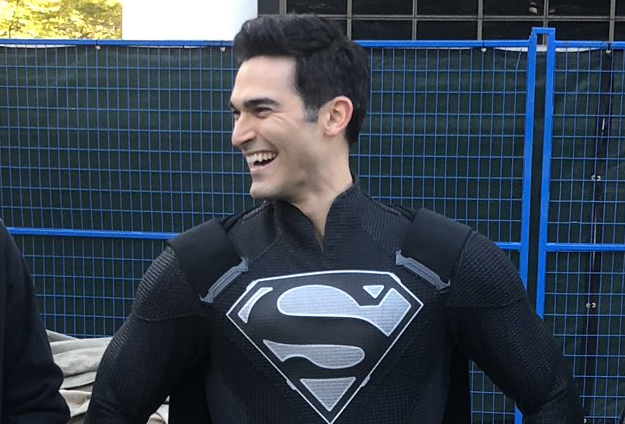 Arrowverse Crossover Photo Reveals Superman's New Look, Matching (Biker?) Outfits for Oliver and Barry