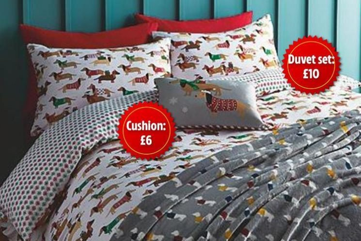 Asda is selling a sausage dog-themed Christmas duvet set… and it's only a tenner