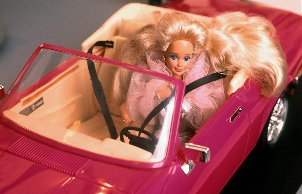 'Barbie' Zooming From Sony To Warner Bros; Margot Robbie In Early Talks
