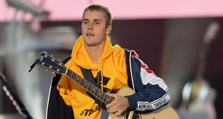 Justin Bieber Sends His Love to Pittsburgh After Commenting on Living in the US