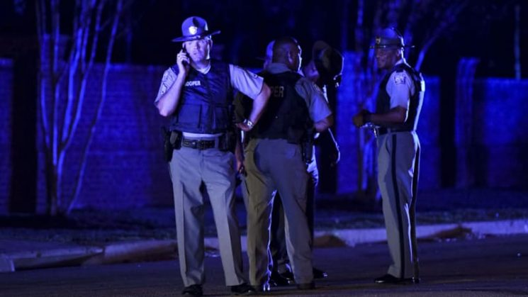 Seven police officers shot in deadly South Carolina stand-off