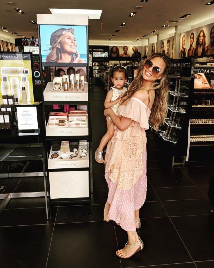 Chrissy Teigen Reveals Her Daughter Luna, 2½, Loves Makeup and Is a 'Manicure Kind of Gal'
