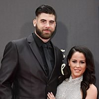 Jenelle Evans' Husband David Eason Slammed By Fans For Wrapping Himself In Confederate Flag