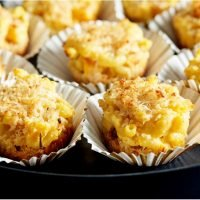 "These Pumpkin Macaroni and Cheese ""Muffins"" Are the Perfect Fall Finger Food"