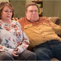 "Roseanne Barr Is Not Pleased With the ""Morbid"" Way The Conners Killed Off Her Character"