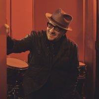 Elvis Costello Explains His Great New Album, 'Look Now'