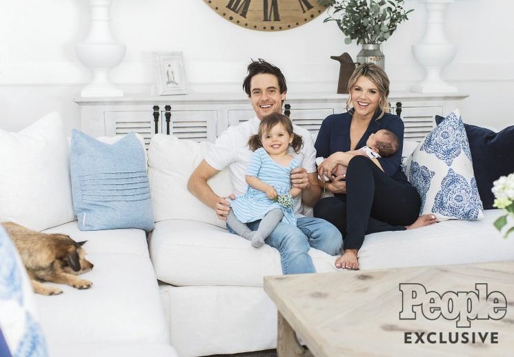 Ali Fedotowsky-Manno Knows That Infant Sleep Regression Is Making You Crazy, and She's Got Tips