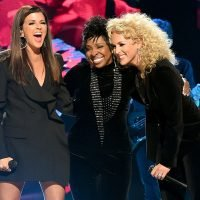 CMT Artists of the Year: Carrie Underwood, Miranda Lambert lift voices in support of female artists