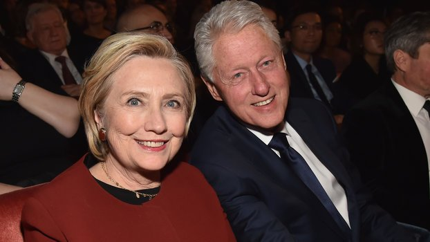 Hillary and Bill Clinton Look Like Christina Aguilera's Proud Parents In This Photo