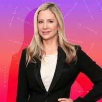 Mira Sorvino Discusses Metastatic Breast Cancer & the Connection With #MeToo