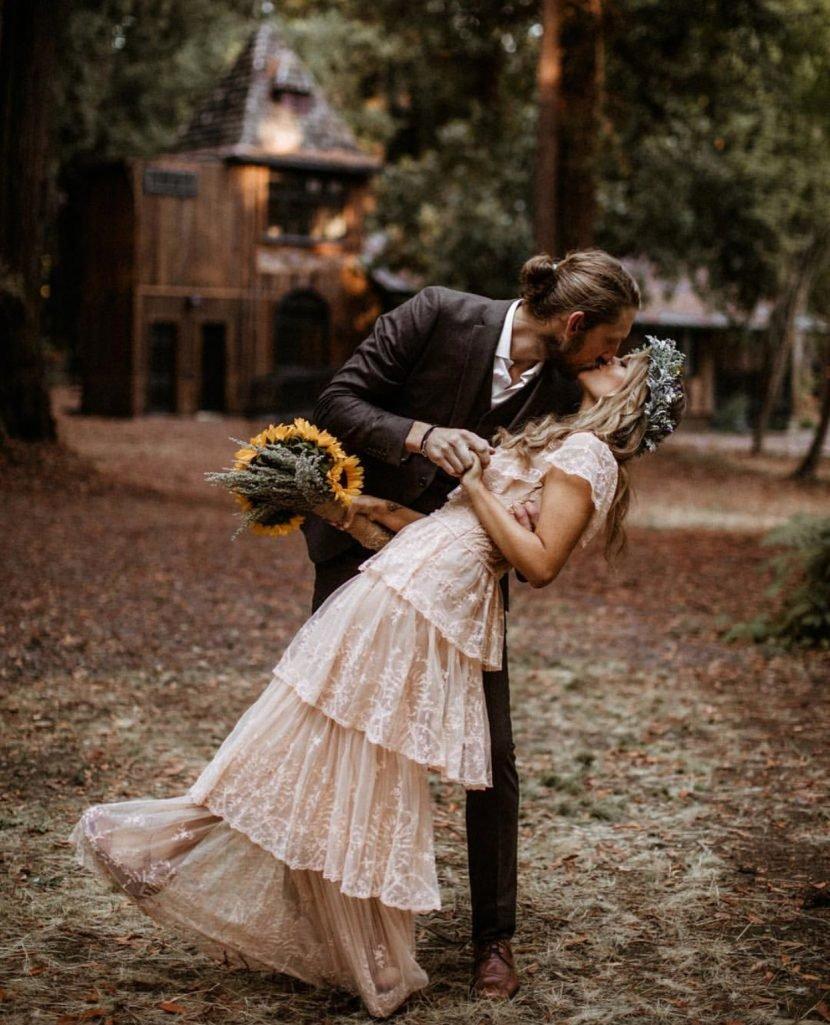 Hannah Mulholland of Runaway June Marries Ian Jay in California Ceremony: 'WE ELOPED!'