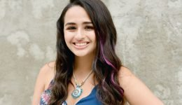 Jazz Jennings Says She Had A 'Complication' During Her Gender Confirmation Surgery