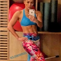 Jennifer Lopez Shows Off Her Ridiculous Abs in a Post-Workout Selfie: 'We Never Quit'
