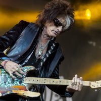 Aerosmith's Joe Perry plots headlining tour