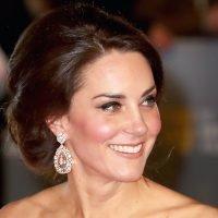 Duchess Kate Repeats aClassic $1,760Dress