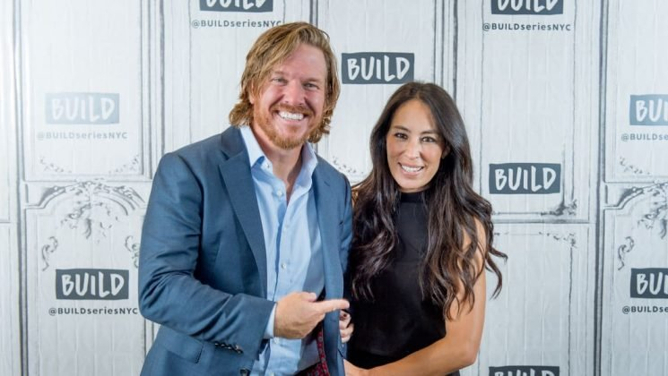 Giving Birth Gave Joanna Gaines Has 'an Extra Kick in Her Step,' Because Obviously