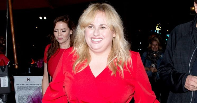 A Beaming Rebel Wilson Debuts Thinner Frame in a Slim Red Dress