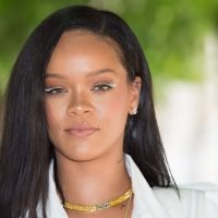 Twitter Has Some *Thoughts* About This Rihanna Super Bowl News