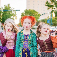 Texas Sisters Dress Up as theHocus PocusWitches for Halloween– See the Adorable Photos