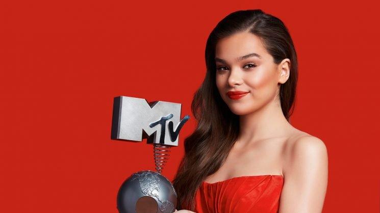 Hailee Steinfeld Will Host the MTV EMAs 2018!