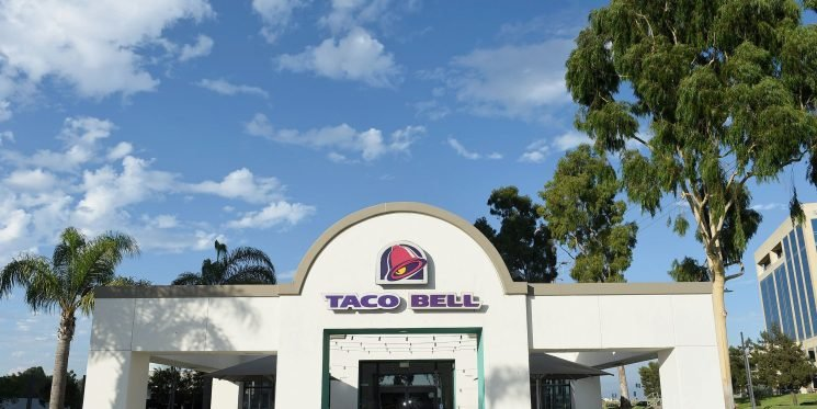 The Breakfast Burrito, Tacos, And Tostadas At Taco Bell Are Honestly Pretty Healthy