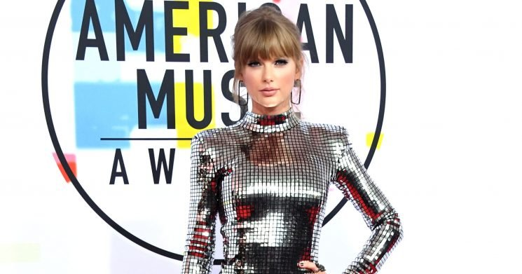 See What the Stars Wore to the American Music Awards 2018 Red Carpet
