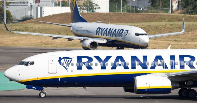 Ryanair crew left to sleep on airport floor without food or drinks, union says