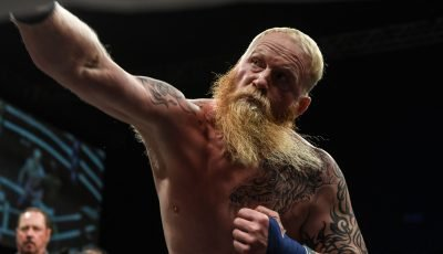 How bare-knuckle boxer amazes with punching power