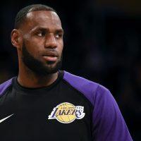 Lakers: Nike installed a massive LeBron James billboard in LA