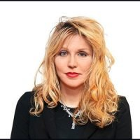 Courtney Love Performs With 1,500 Musicians In Italy