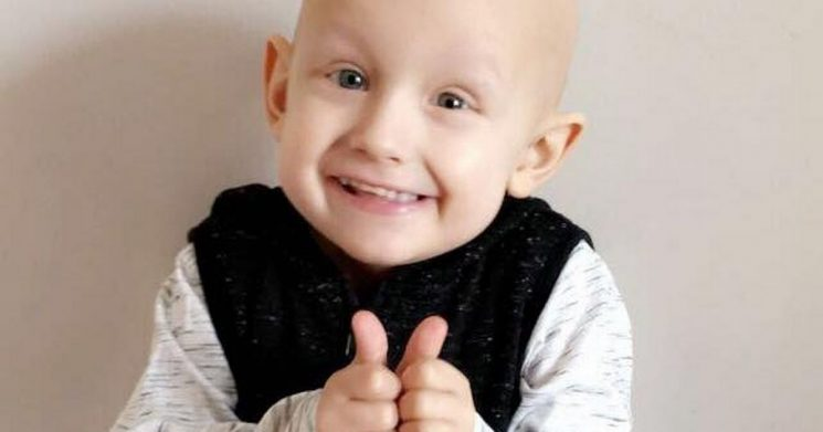 Brave boy, 5, with cancer apologises to mum before dying in her arms