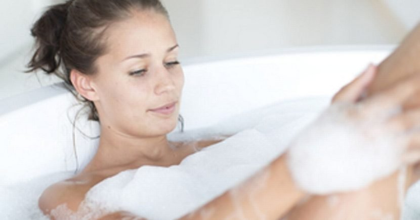 Mum slammed for 'gross' bathtub habit – and even husband thinks it's weird