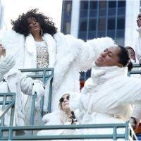 Diana Ross Had Her Whole Family on Her Parade Float Because That's What Thanksgiving Is All About