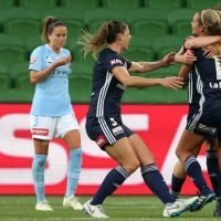 West Gate traffic jam forces Victory into Melbourne derby chaos