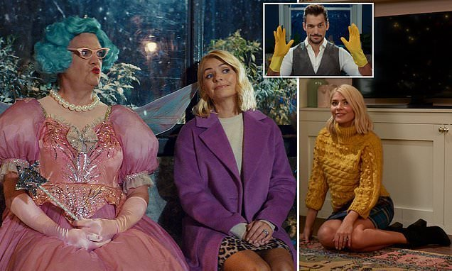 M&S Christmas advert 2018: Holly Willoughby stars in new festive spot