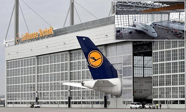 Airport installs custom-made hangar doors to house the Airbus A380