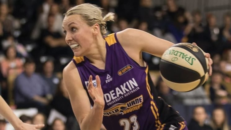 Garrick looks beyond 200 games as Boomers chase Perth win